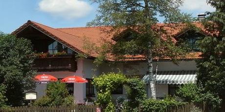 Cafe Seeblick in der Nähe des Via Claudia Feriendorfs